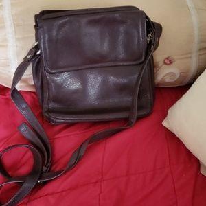 Wilsons leather vintage leather bag.